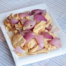 紫皮洋葱炒鸡片