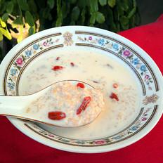 牛奶燕麦枸杞粥