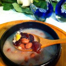 桂圆薏米花生汤