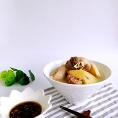冬笋猪蹄汤