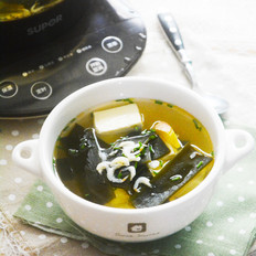 虾皮海带豆腐汤