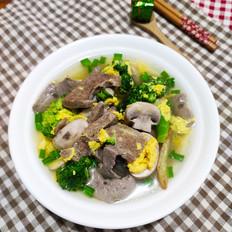 西兰花猪肝汤