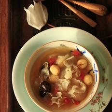 银耳莲子汤的做法