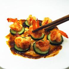 黑椒汁爆青瓜虾球
