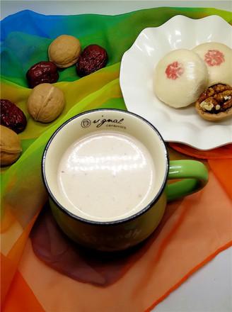 香浓的核桃蔓越莓牛奶的做法