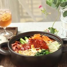 韩式砂锅拌饭