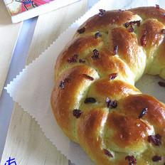 蔓越莓花环面包