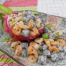 火龙果炒虾仁的做法