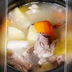 土豆淮山鸡汤