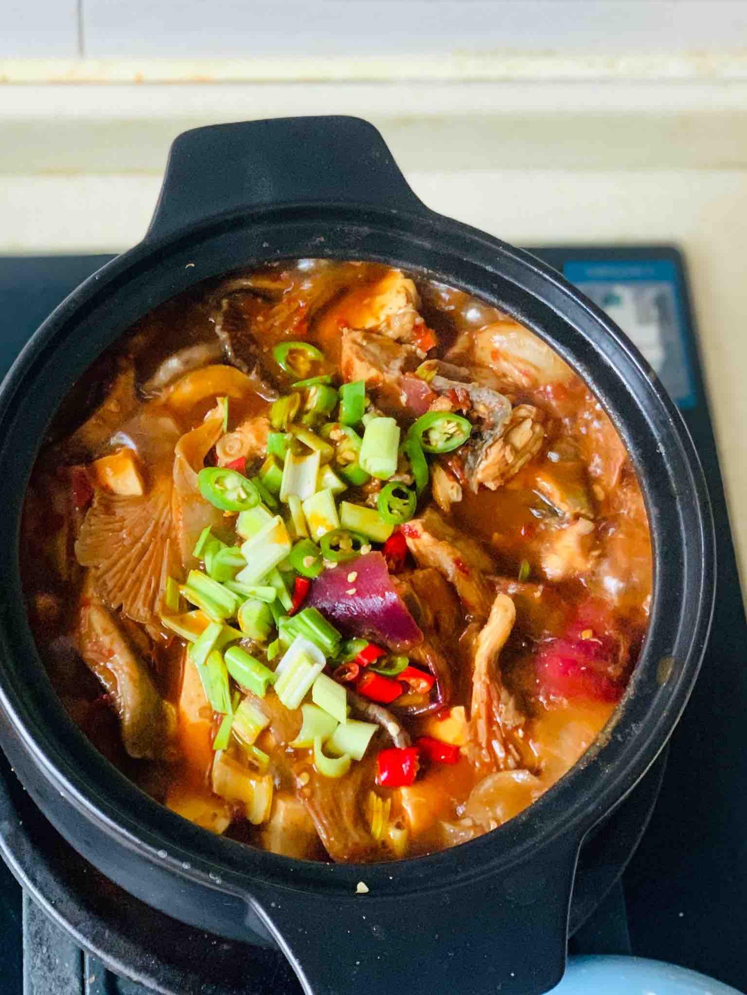 砂锅焖鱼块