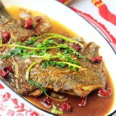 红烧黄金鲽鱼