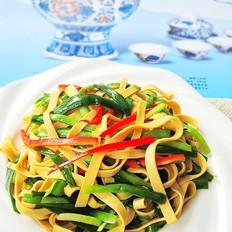 蚝油韭菜炒豆皮