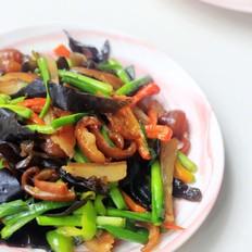 韭菜木耳炒肉皮