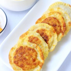 饺子皮豇豆肉馅饼