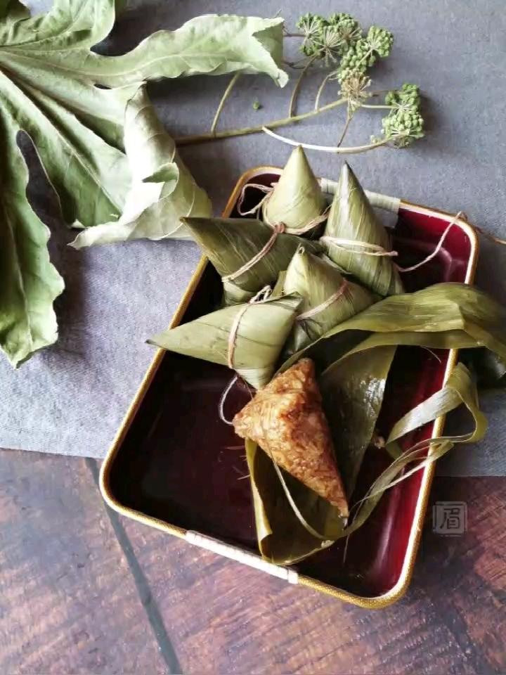 三角粽子的包法