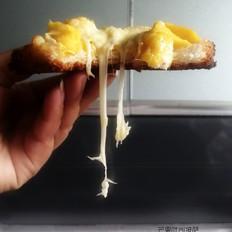 正宗桂花蜜怎么做酥脆香甜吐司底水果披萨的做法
