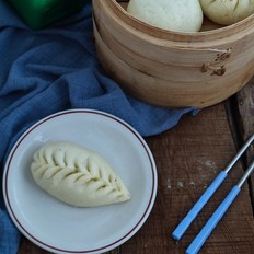 香菇芹菜醬肉包的做法