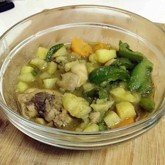 泰式绿咖喱鸡块