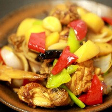 灵动美食|超下饭的懒人版新疆大盘鸡
