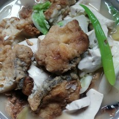 香煎鳙鱼烩豆腐