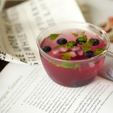蓝莓薄荷冰饮