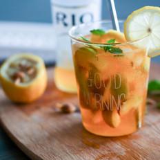脆杏柠檬鸡尾酒冰饮