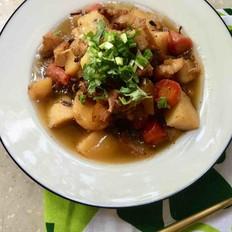 八宝酱土豆胡萝卜肉