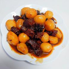 小土豆烧牛肉粒