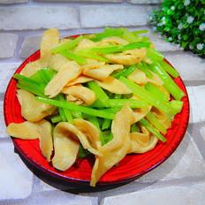 水芹菜炒素鸡翅