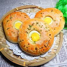 鸡蛋香葱面包