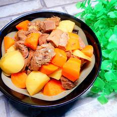 胡萝卜土豆烧牛肉