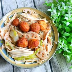 杂蔬炖土豆丸子