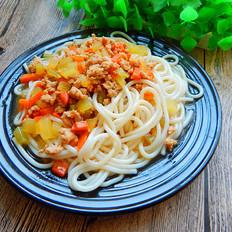 沙茶莴笋肉末凉拌米线