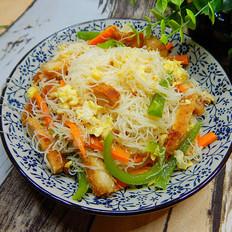 青椒鸡排炒米线