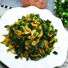 蒜苗炒小虾米