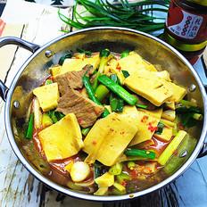 蒜苗烧千页豆腐