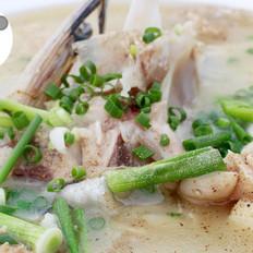 滋补鱼头豆腐汤--威厨艺
