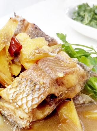 蒜焖黑鱼的做法