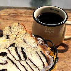 豆沙花纹面包