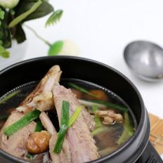 板栗炖鸭汤