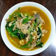 西红柿菠菜蘑菇鸡蛋汤