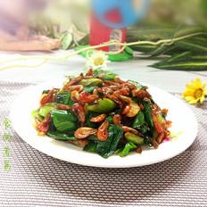 蒜苗炒小河虾