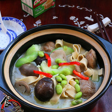 浓汤杂菜锅