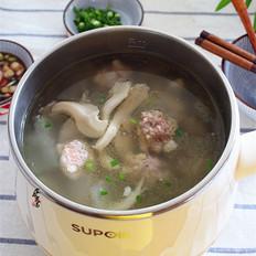 冬瓜肉丸鲜菇汤