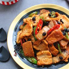 五花肉辣椒豉香豆腐