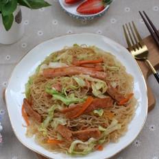 包菜炒米粉