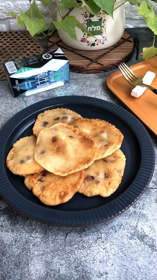 牛奶糯米红枣煎饼的做法