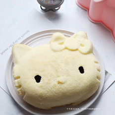 8寸Kitty戚风蛋糕