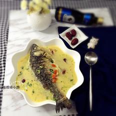 红枣枸杞鲫鱼汤