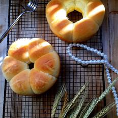 肉松花环面包